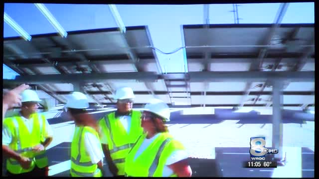 New solar panel manufacturing plant_20151008154013