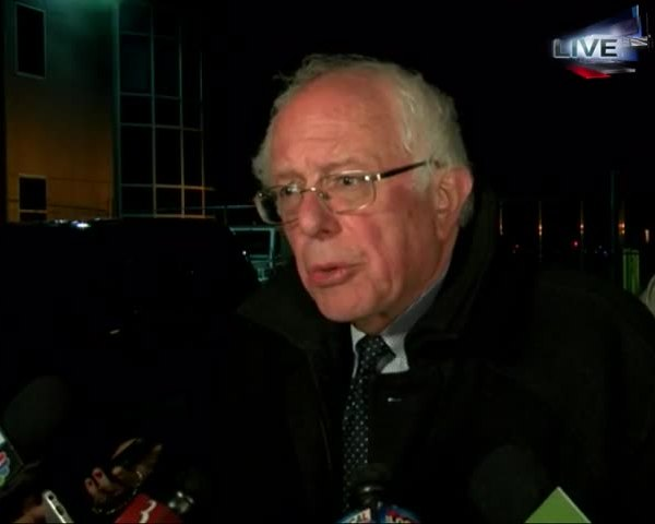 Bernie Sanders Back in Vt- after Penn State Rally_20160420024001