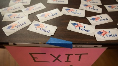 I-Voted-stickers-on-Super-Tuesday-jpg_20160301223925-159532