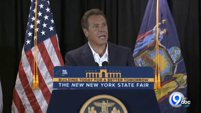 Cuomo- NY officials celebrate Fair attendance record_89091341-159532-118809342