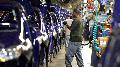 Manufacturing-decline---Ford-assembly-line_20160307010103-159532