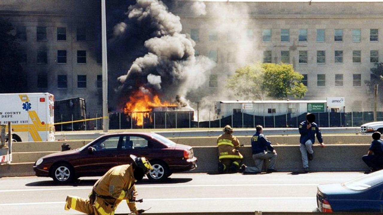 Pentagon 9-11 First Responders 3-159532.jpg44717127