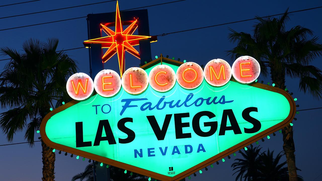 Fabulous Las Vegas sign-159532.jpg76291422