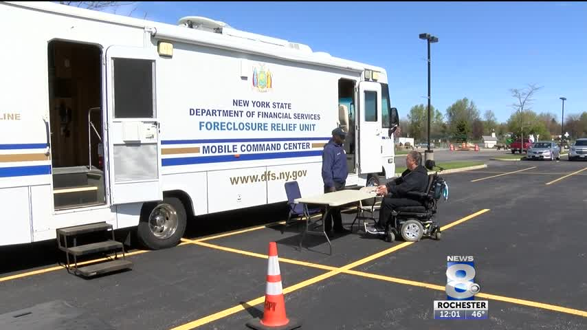Mobile command centers setup to help residents_01265345