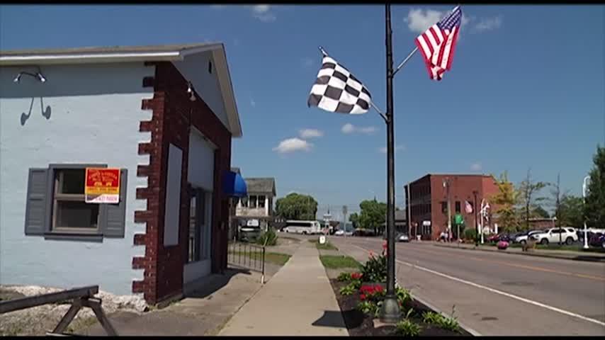 Local Businesses Prepare for NASCAR_09664296-118809198