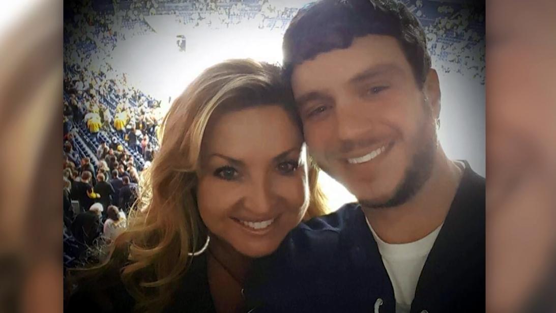 Sonny Melton and wife_1506970671006-159532.jpg24742338