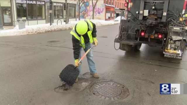 weather_causes_more_pot_holes_0_20180118224523