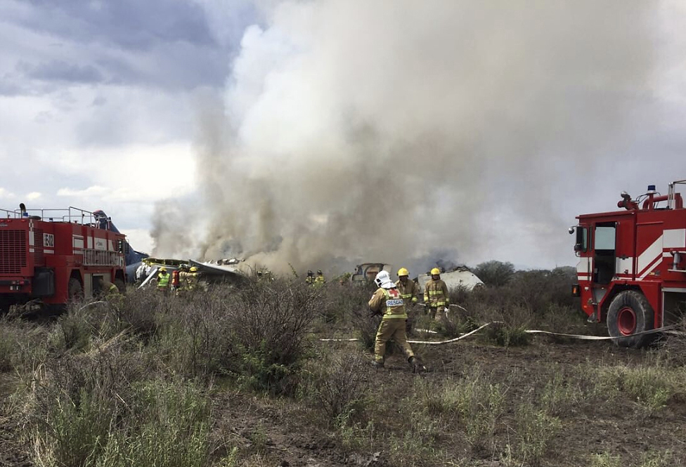 Mexico_Airliner_Accident_29276-159532.jpg08374616