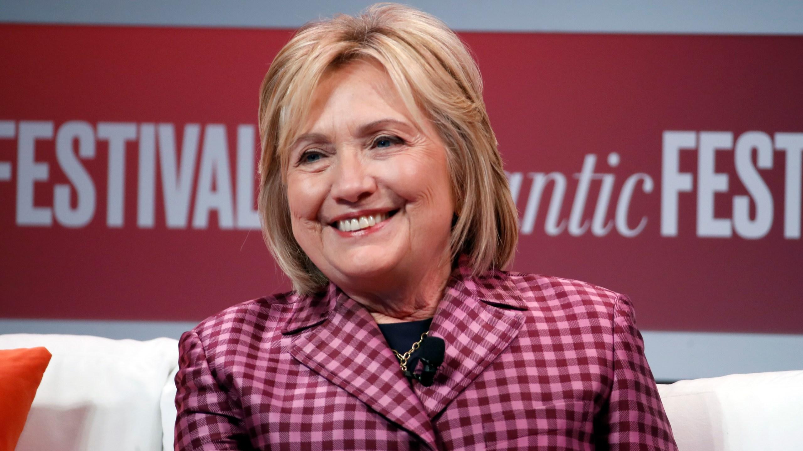 Hillary_Clinton_Crash_81666-159532.jpg26647610
