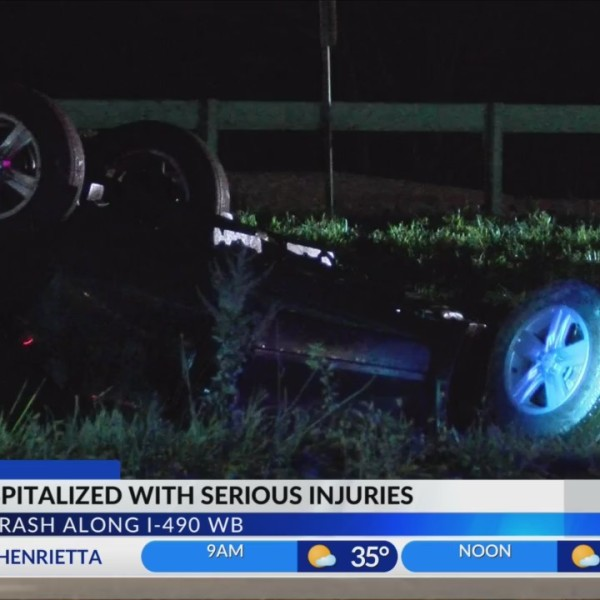 Man_seriously_injured_in_vehicle_rollove_0_20181112102546