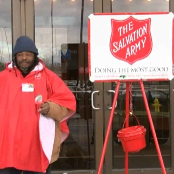 red kettle bell ringer salvation army_1543590159856.jpg.jpg