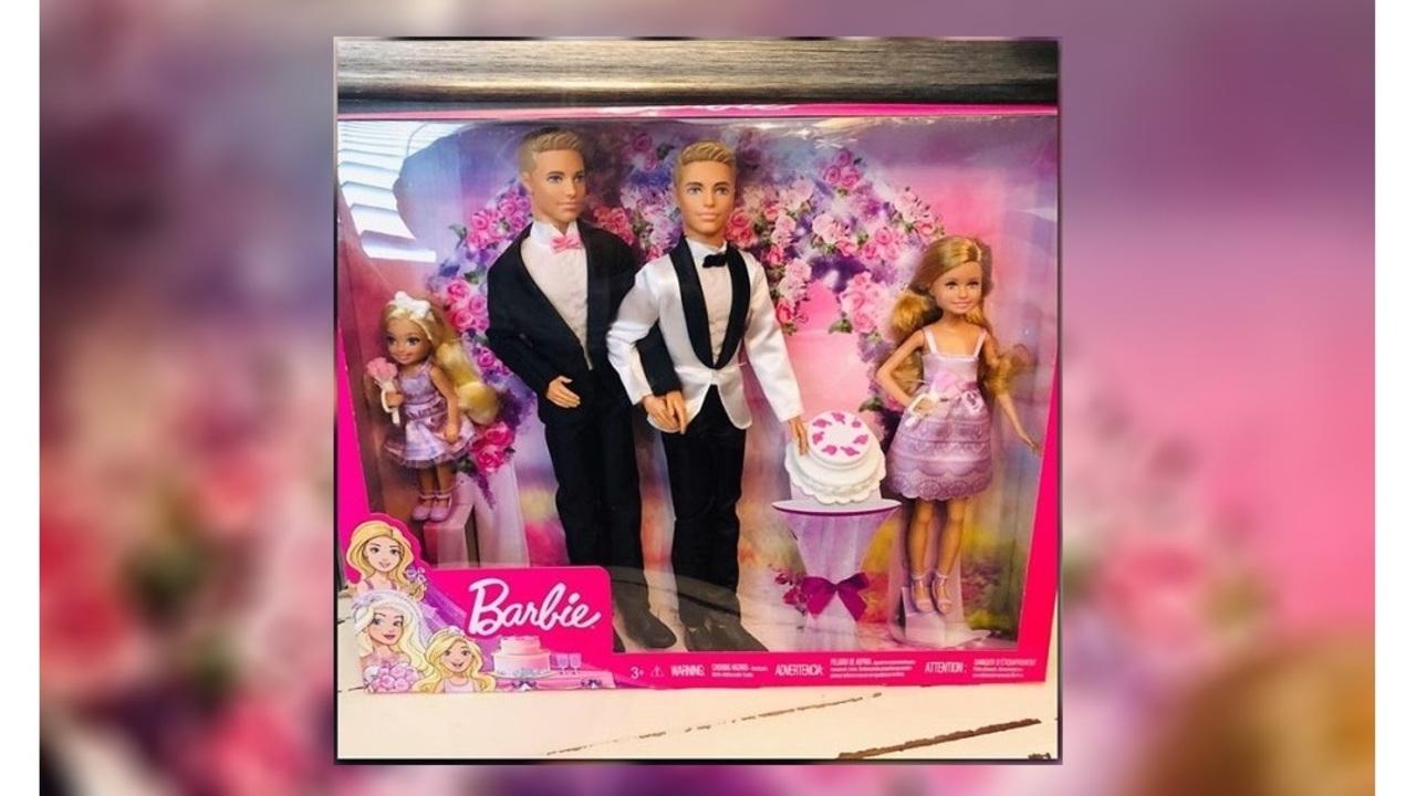 Mattel_considers_making_same_sex_couple__8_65313064_ver1.0_1280_720_1545072811878.jpg