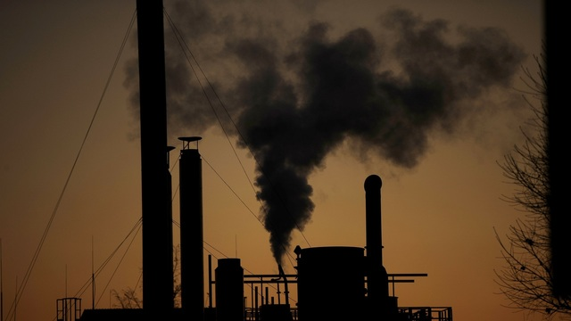 Smoke chimney climate change_1544976910295.jpg.jpg