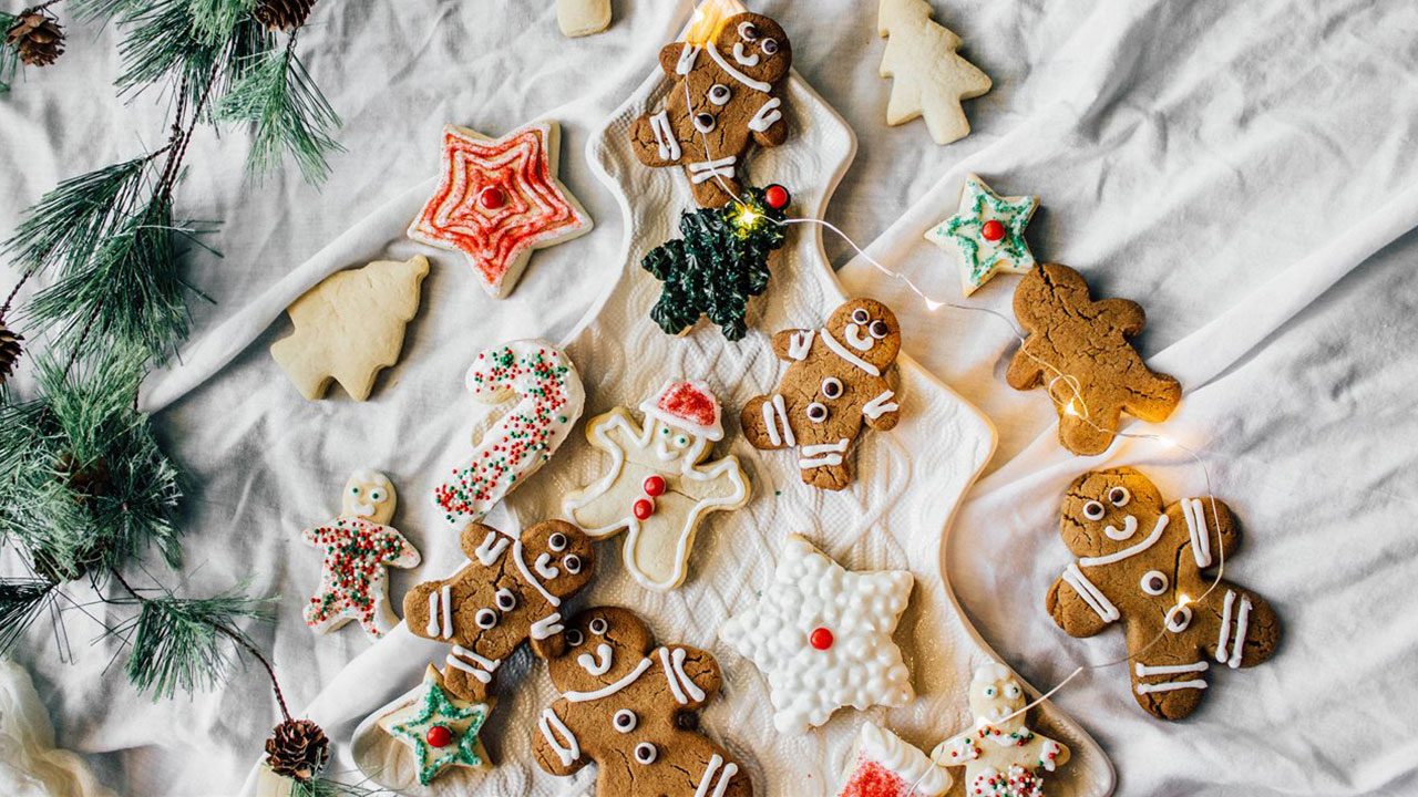christmas-holiday-cookies_1543599487276_423394_ver1_20181130205009-159532