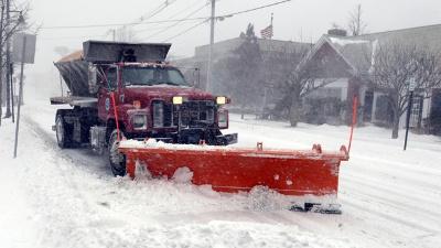 Snowplow-winter-weather-blizzard_20160418175300-159532-159532