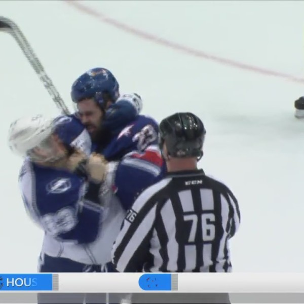 Amerks Crunched by Syracuse