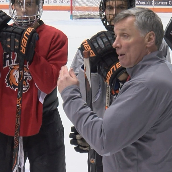 RIT, hockey coach Wayne Wilson agree on extension through 2025