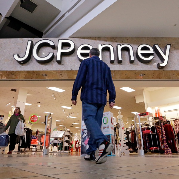 Earns_JC_Penny_81218-159532.jpg09645769