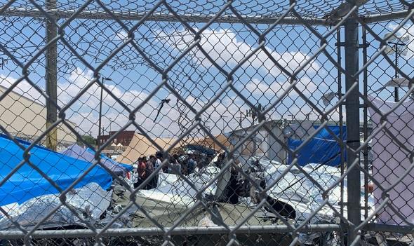 Migrants immigrants border security holding centers_1560603801291.jpg.jpg