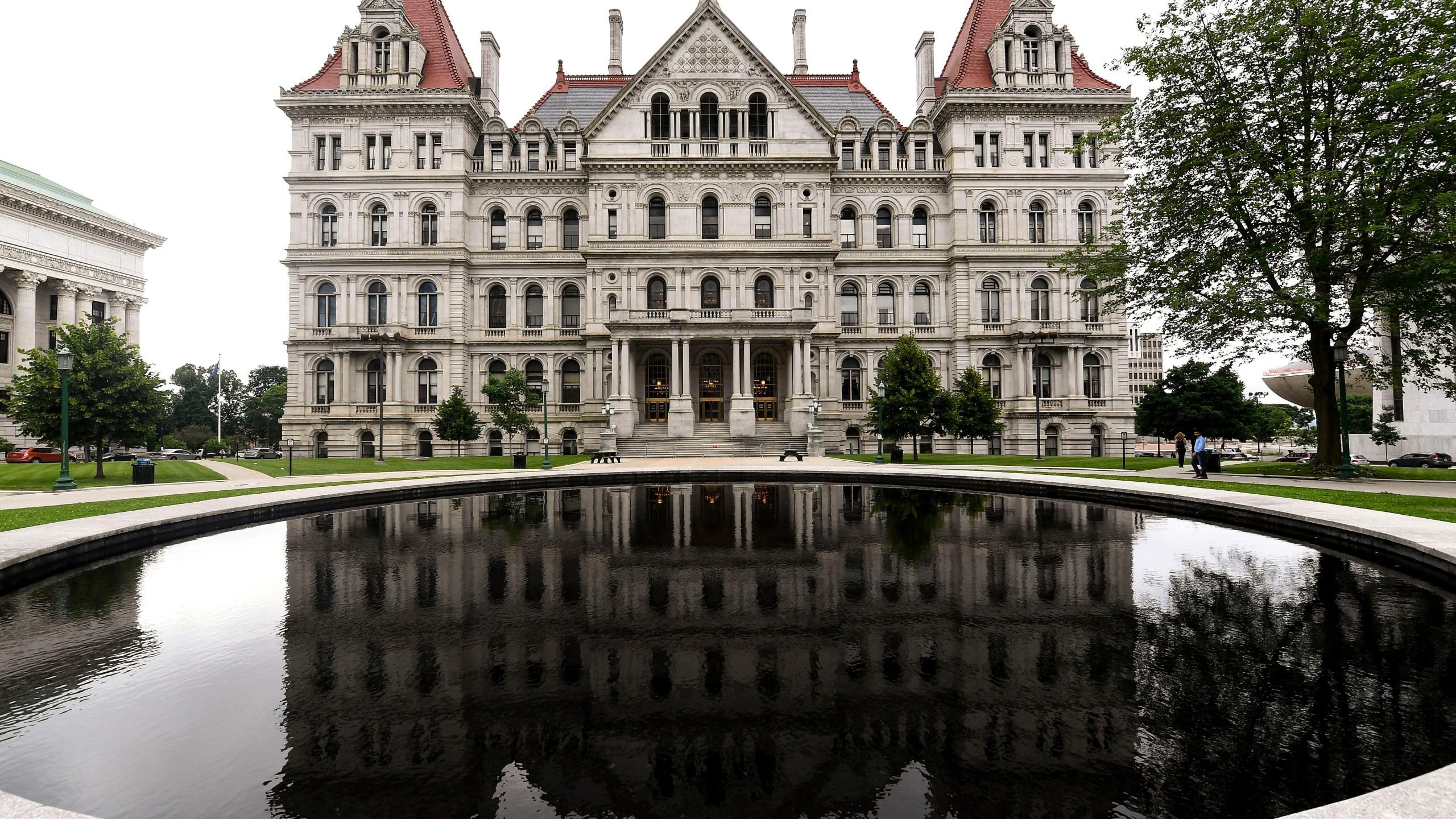 New York Legislature_1560960198008