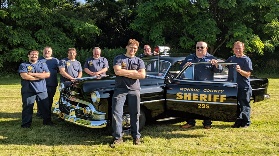 Sheriff's Office shows off '53 Chevy, thanks crew for