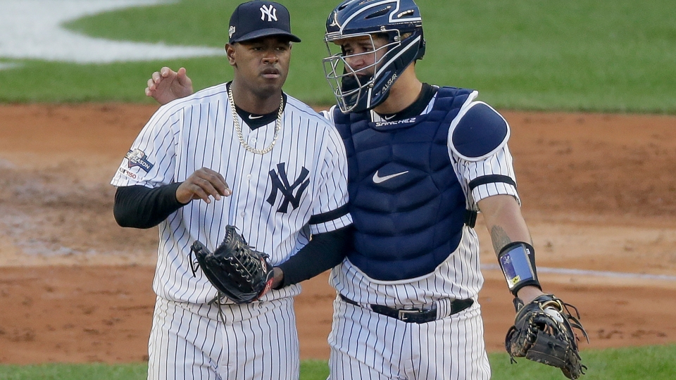 Yanks' Boone defends catcher Sánchez as 'excellent' defender