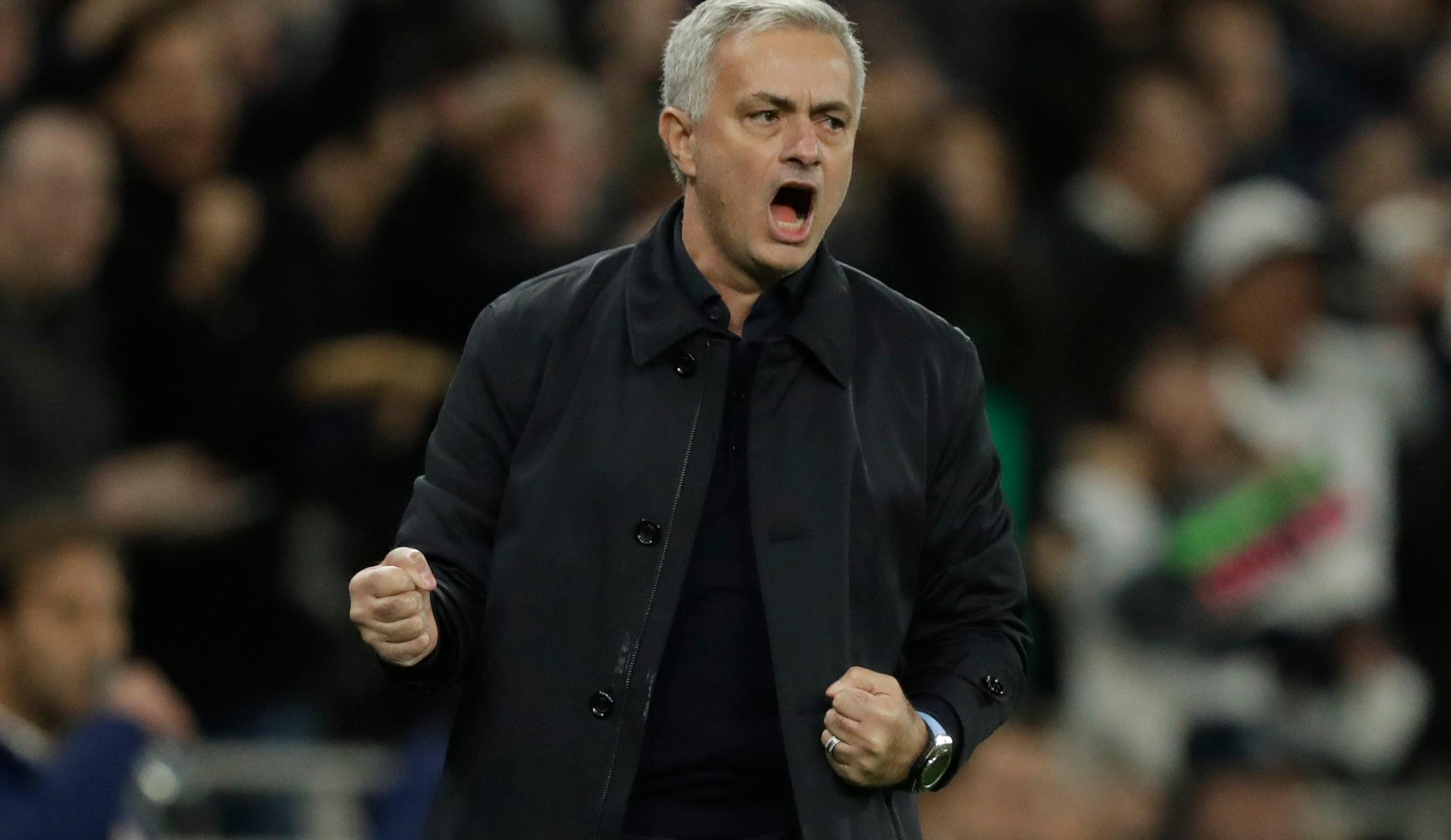 Mourinho, Ball Boy Inspire Spurs Comeback In Champs League