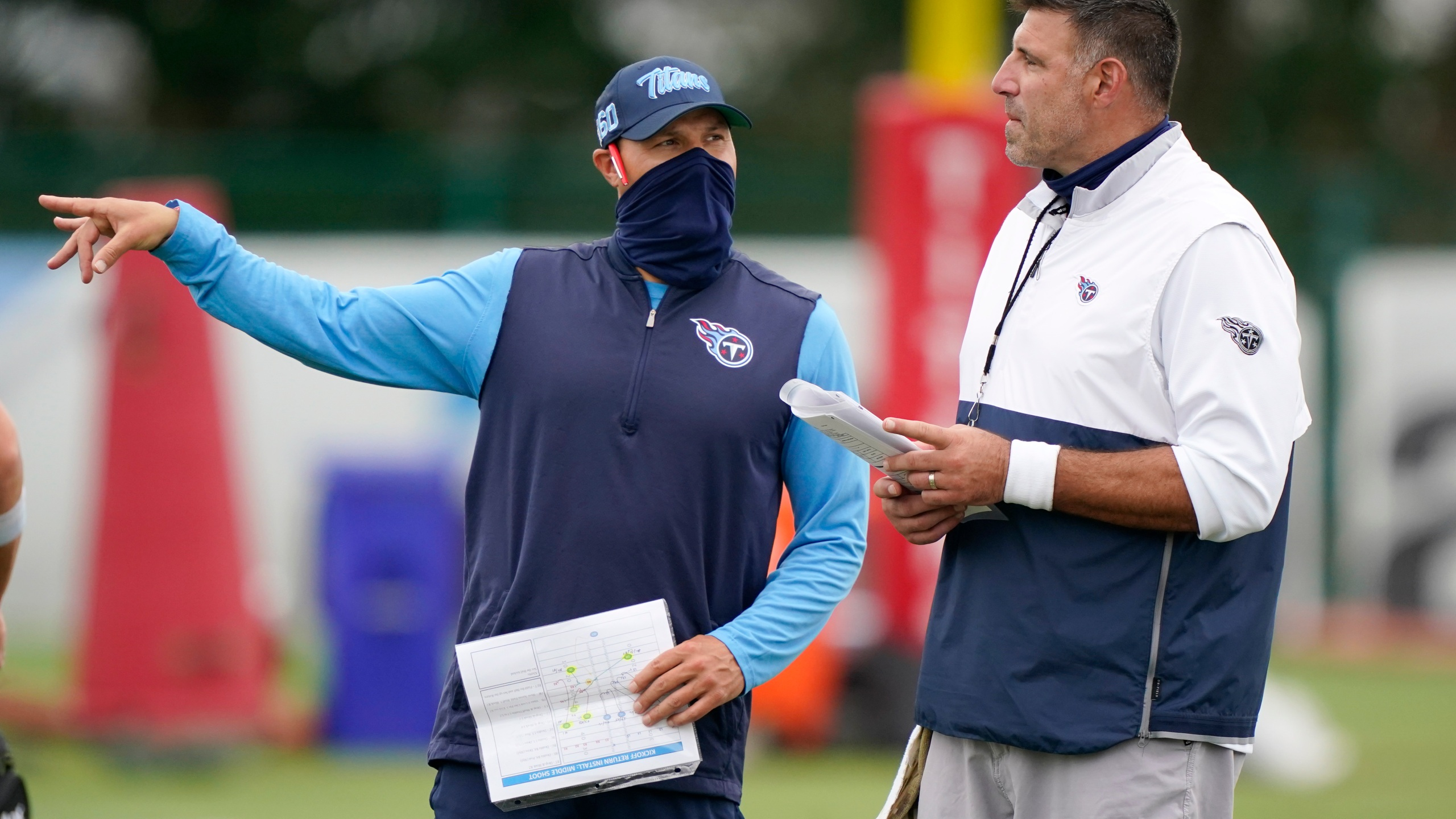 Mike Vrabel, Craig Aukerman