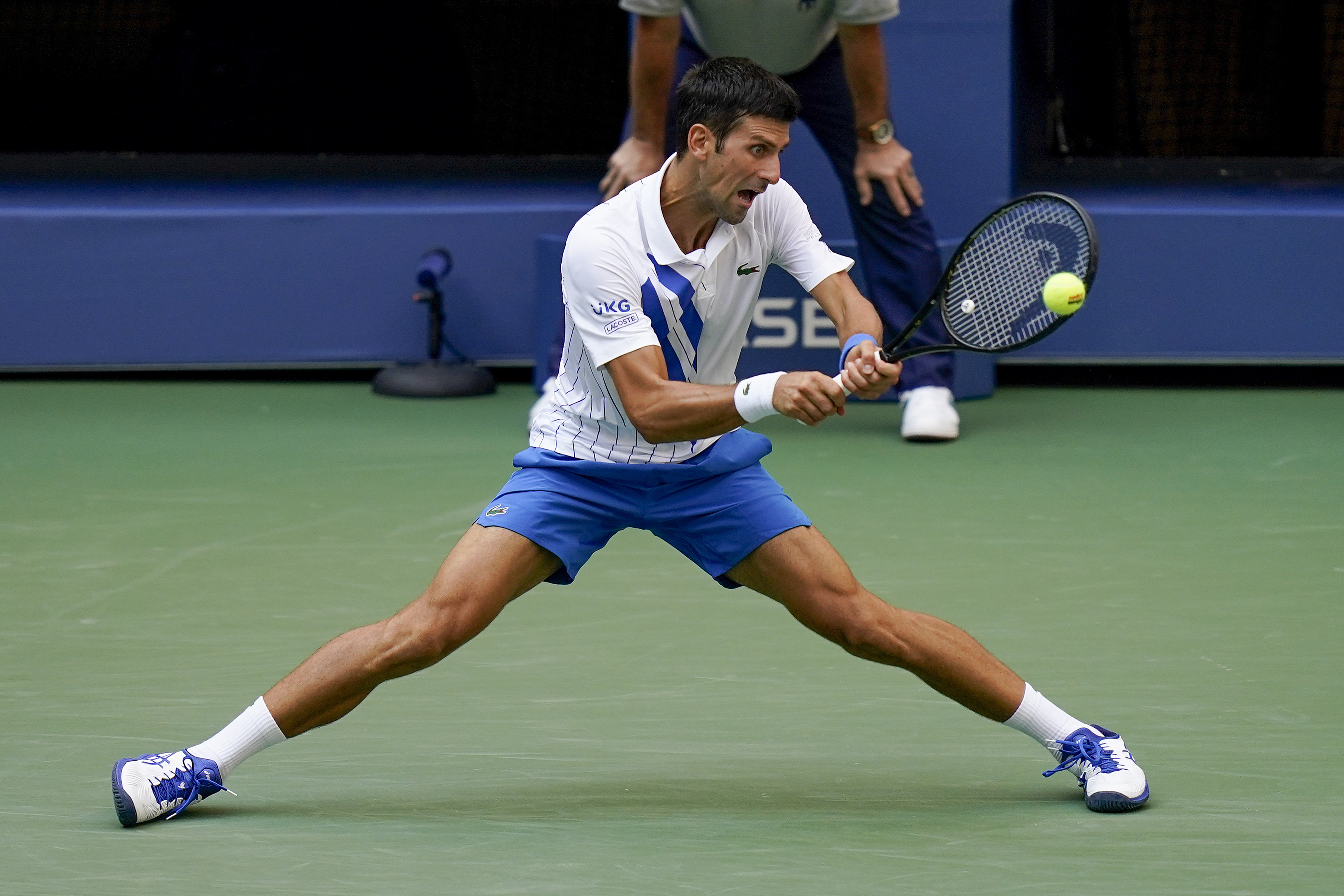Djokovic Out Of Us Open After Hitting Line Judge With Ball Rochesterfirst