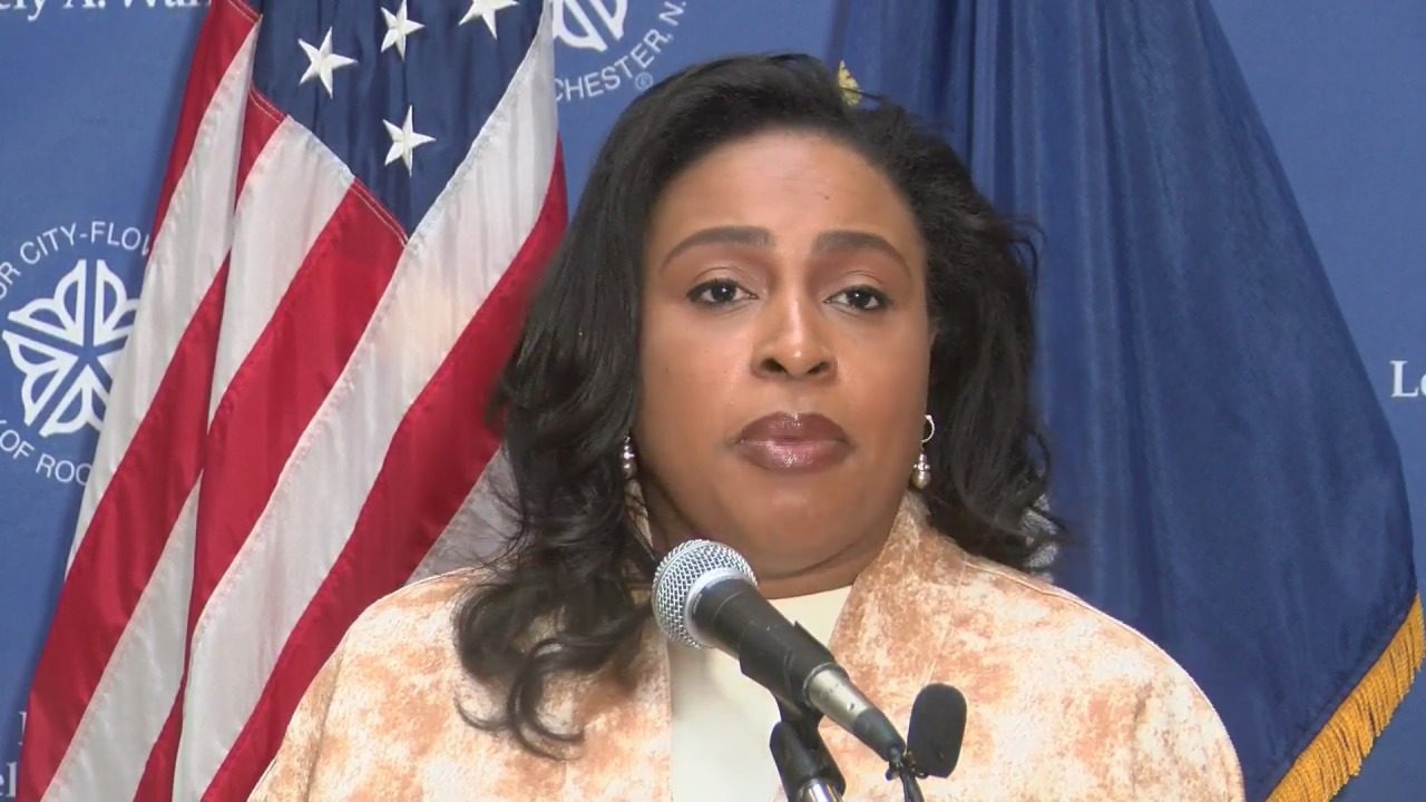 WATCH LIVE: Mayor Warren, City Council vice president announce violence reduction initiative
